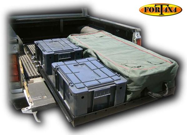 amenagement interieur et amenagement de coffre 4x4 fort 4x4 accessoires quipements. Black Bedroom Furniture Sets. Home Design Ideas