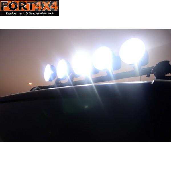phares longue portee fort 4x4 accessoires quipements suspensions 4x4. Black Bedroom Furniture Sets. Home Design Ideas
